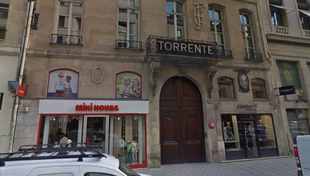 366 rue Saint Honoré 75001 PARIS