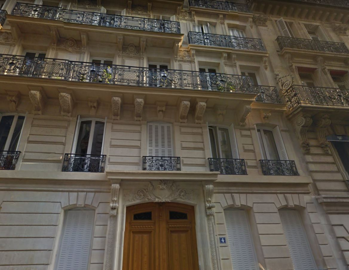 4 rue stockholm 75008 PARIS
